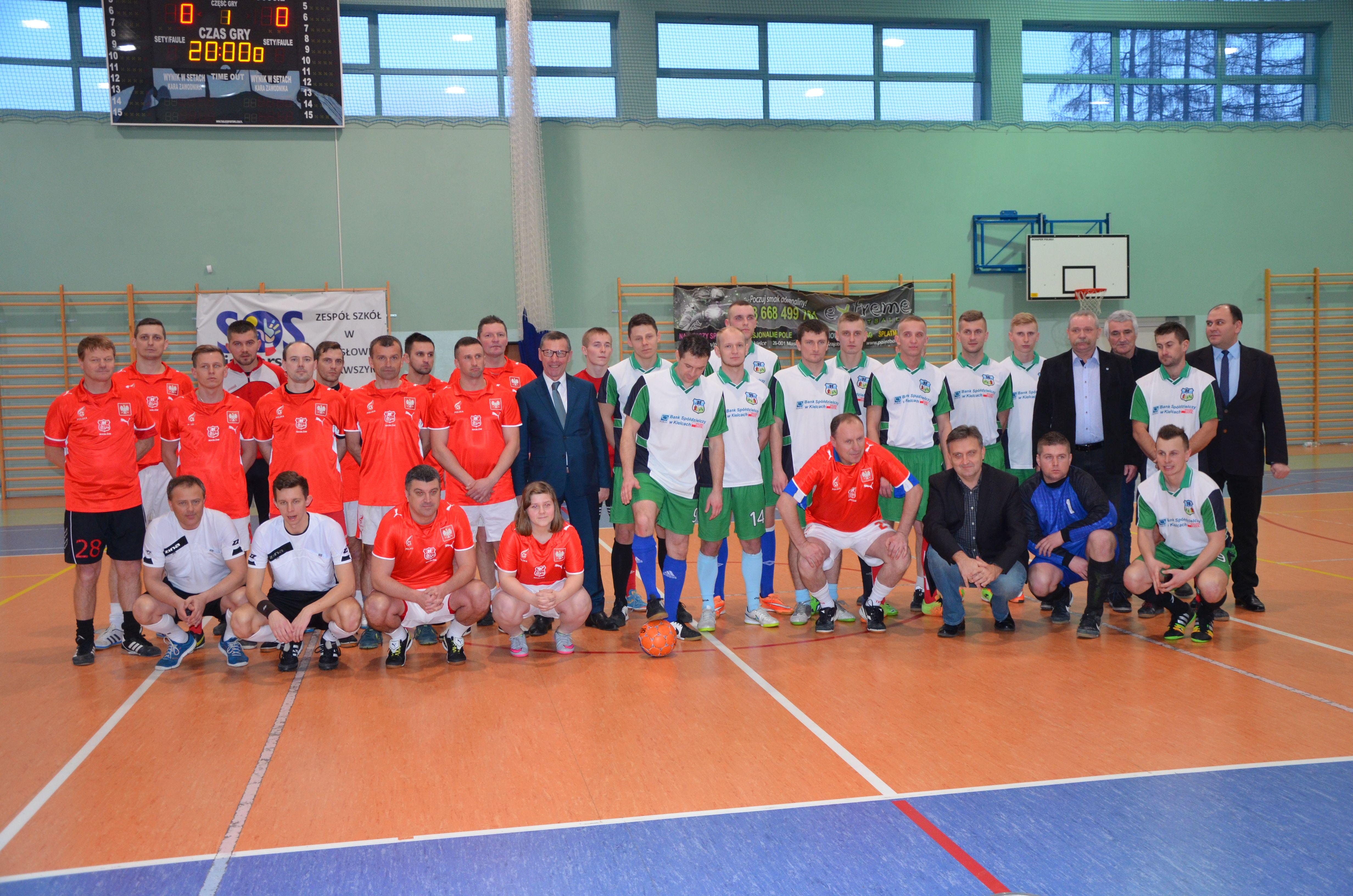 Drużyna zCedzyny najlepsza wrozgrywkach Masłowskiej Ligi Futsalu